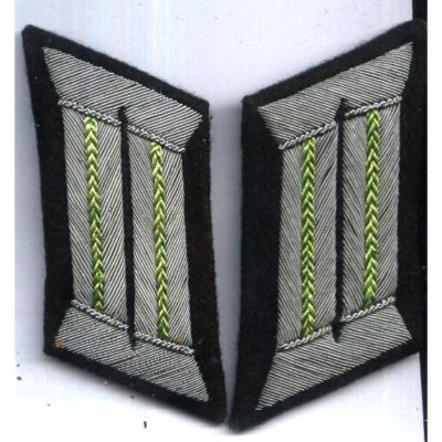 German Army Officers Collar Tabs Green Piped (HH)