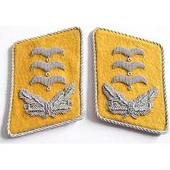 Luftwaffe Hauptmann collar tabs