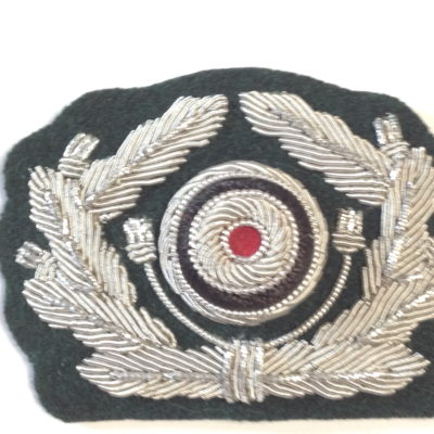 GERMAN ARMY OFFICERS CAP WREATH & COCKADE CLOTH