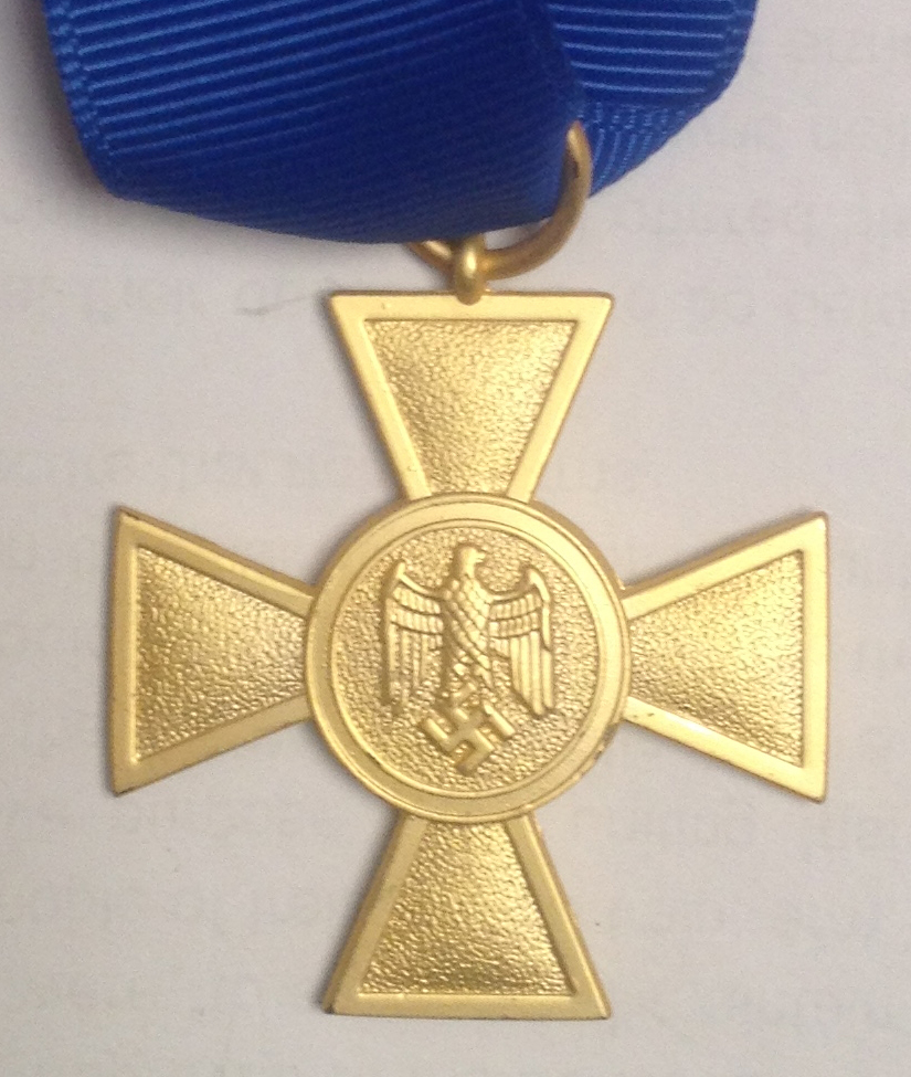 GERMAN LONG SERVICE AWARD OF THE WEHRMACHT 25 YEARS