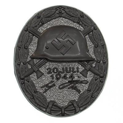 German 1944 Wound Badge in Black