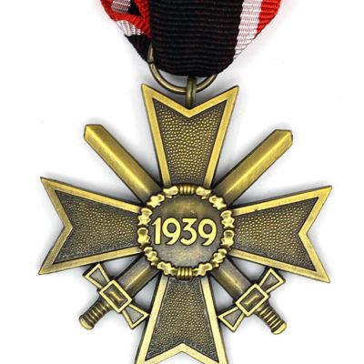 GERMAN ARMY War Merit Cross w/swords 2nd class 1957 issue