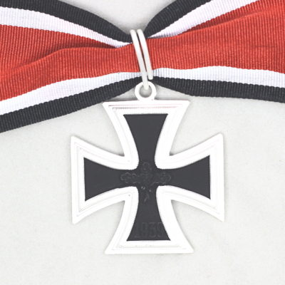 GERMAN ARMY KNIGHTS CROSS OF THE IRON CROSS 1957 issue & RIBBON