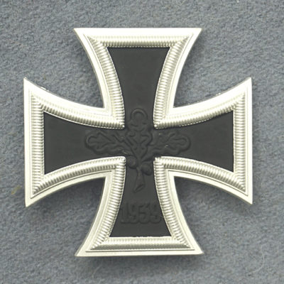 GERMAN ARMY IRON CROSS 1ST CLASS 57 ISSUE